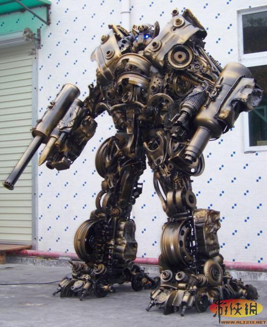 强悍金属魅力 变形金刚 精美钢雕机器人欣赏